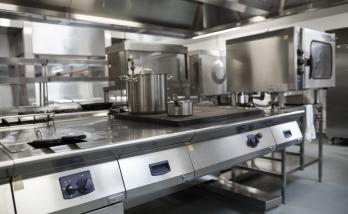 Réfection des cuisines d'un hôtel à Saint-Cloud