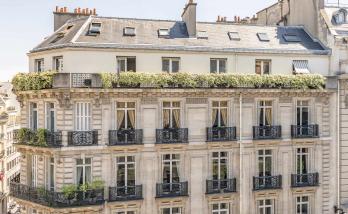 Changement des fenêtres d'un hôtel à Boulogne