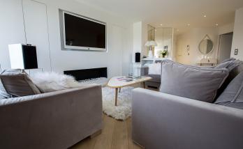 Un meuble sur-mesure réalisé par des menuisiers spécialisés en aménagement intérieur