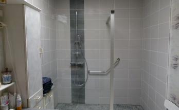 Installer une douche dans le 92