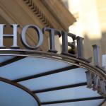 Ravalement de façade d'un hôtel à Saint-Cloud